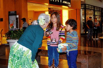 hula at the capitola mall