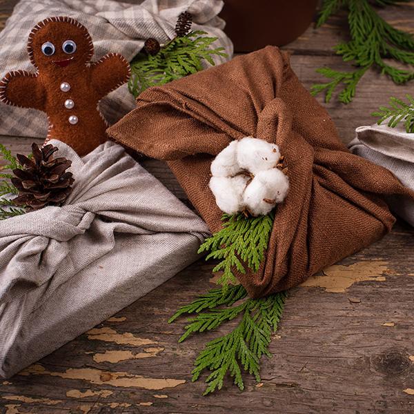 Christmas zero waste eco friendly furoshiki gift box wrapping